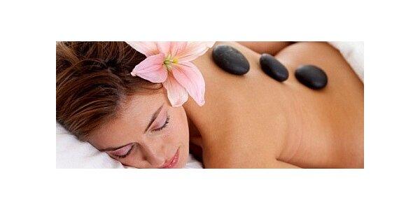 Luxusní hodinová masáž lávovými kameny