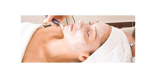 Bohatý balíček kosmetických procedur a ošetření pleti galvanickou žehličkou