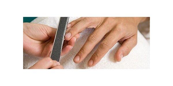 Pánská manikúra, ošetření nehtů a masáž rukou