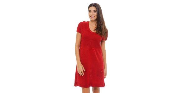 Dámské sytě červené pletené šaty Ada Gatti