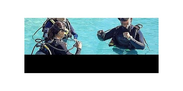 Darujte super zážitek pod stromeček - základní kurz potápění