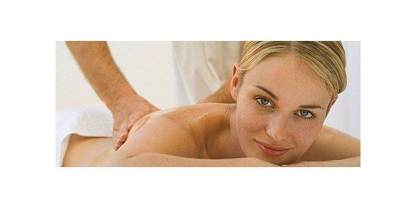 Uvolňující relaxační masáž levandulovým olejem s levandulovým peelingem