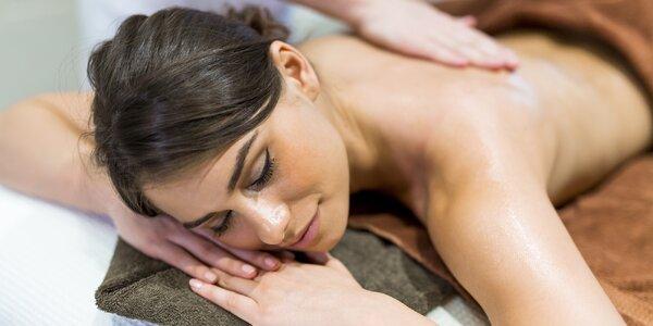 Úterní relaxační masáž zad a šíje pro ženy