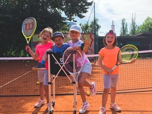 Letní tenisové kempy