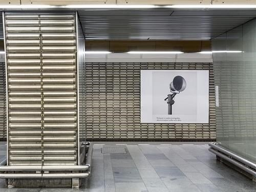 Umění za čarou - výstava v pražském metru