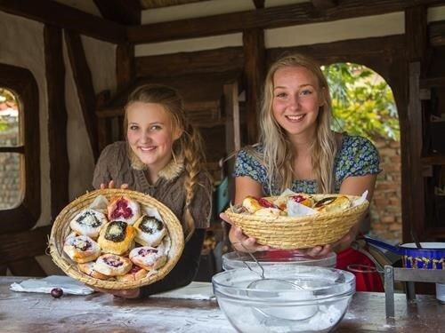Středověký food market