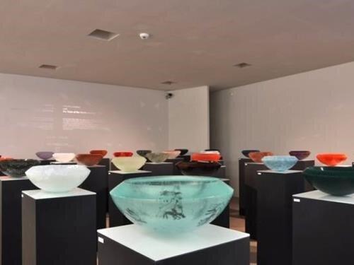 Výstava Zdeněk Lhotský: Kresby – sklo v Liberci