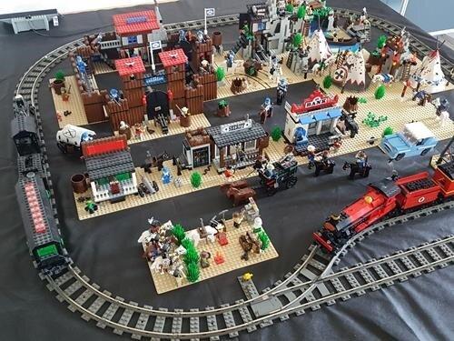 Komorní Lego výstava na zámku v Lomnici nad Popelkou