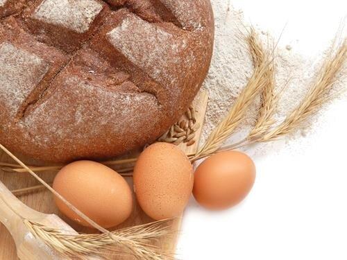 Zářijové pečení chleba v Lenoře