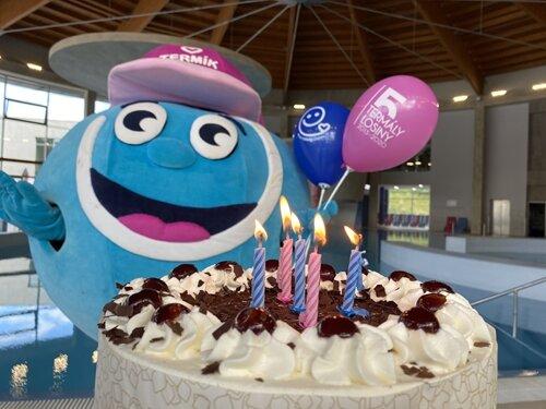 Slavíme 5. narozeniny