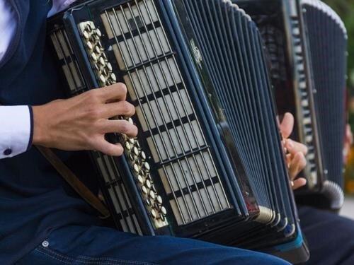 Heligonkáři z Kopanic - 2. ročník setkání lidových interpretů na knoflíkovou tahací harmoniku