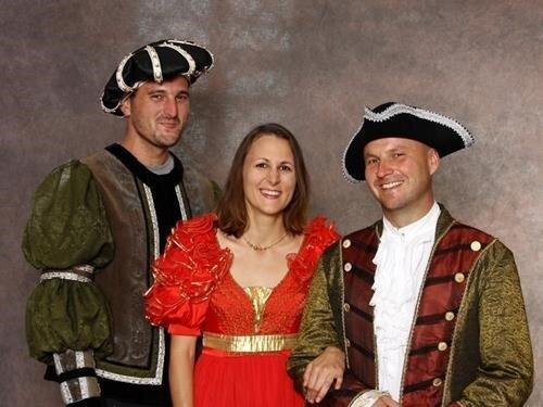 Víkend v renesančních kostýmech na hradě Šternberk