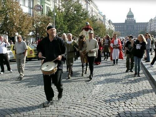 Svatováclavské trhy na Václavském náměstí a Náměstí Republiky v Praze