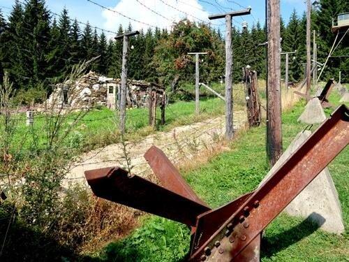 Výstava Falešné hranice: akce Kámen - předběžný termín
