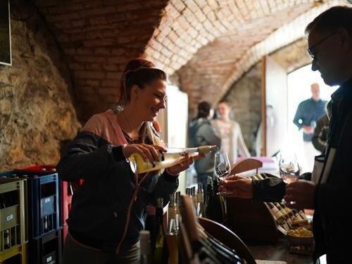 10. přehlídka otevřených sklepů v obcích Březí a Dolní Dunajovice
