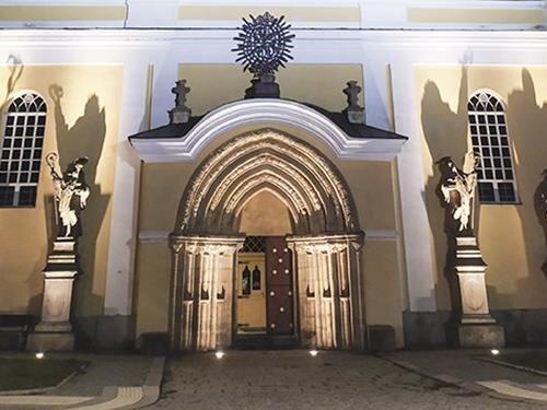 Noční komentované prohlídky benediktinského kláštera