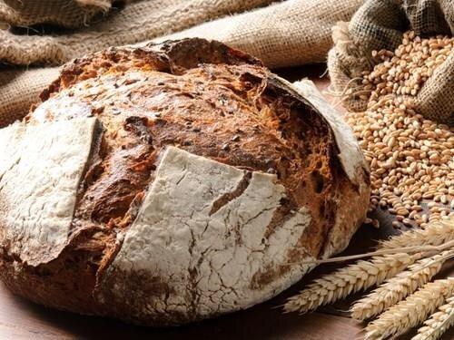 Pečení chleba v obecní peci v Lenoře