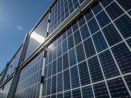 Den otevřených dveří na solární elektrárně Bežerovice u Bechyně