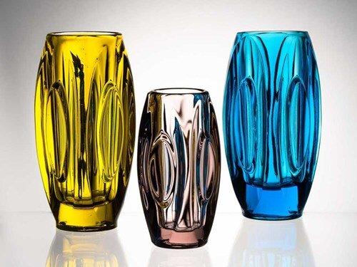 Hledání rovnováhy – Design československého lisovaného skla 1948-1989