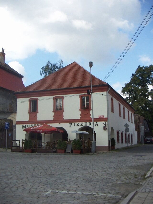 Muzeum hrnčířství v Kostelci n. Č. lesy