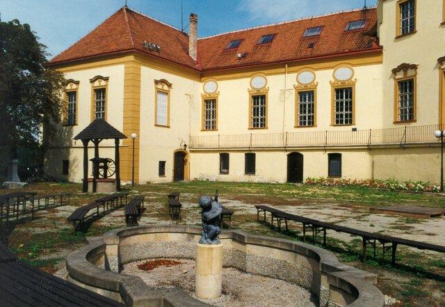 Znojemský hrad a rotunda sv. Kateřiny