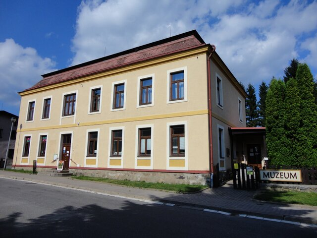 Muzeum turistiky, zimních sportů a řemesel v Deštné