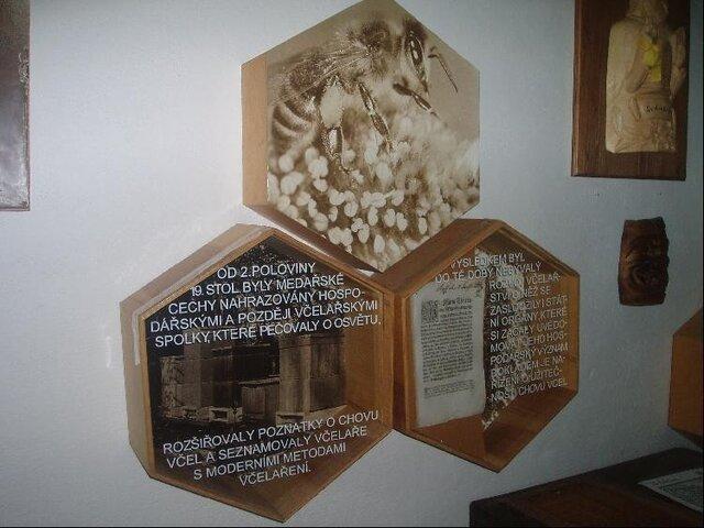 Včelařský naučný areál Chlebovice
