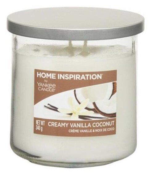 Yankee Candle Creamy Vanilla Coconut 340 g + svíčka Vyšisovaná meruňková růže, 49 g