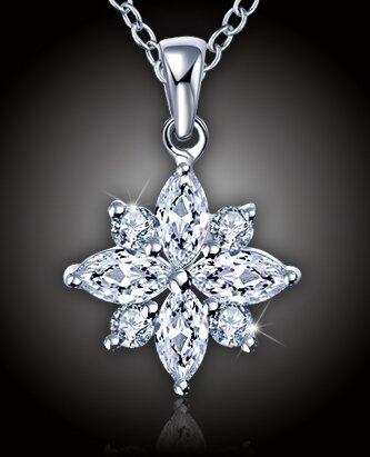Náhrdelník Diamantová květina