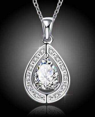 Elegantní náhrdelník Kapka štěstí