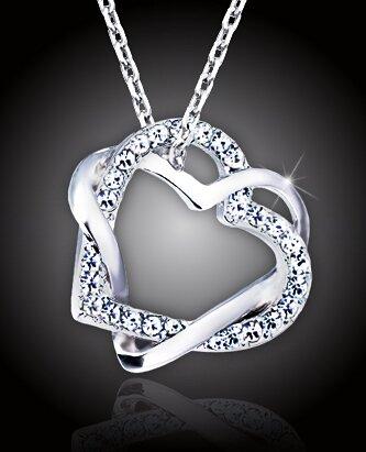 Propletená srdce s čirými krystaly