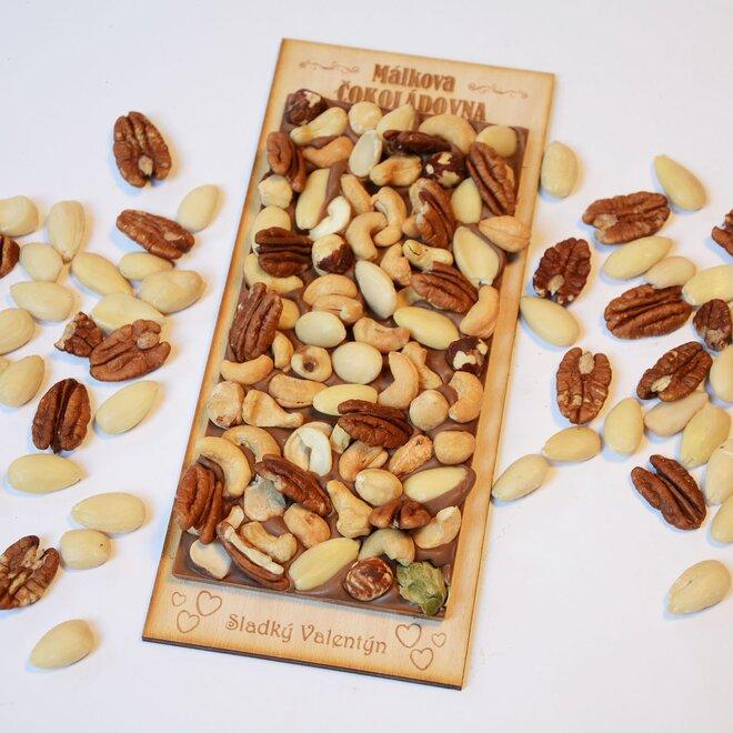 Čokoláda mléčná se směsí ořechů - velká