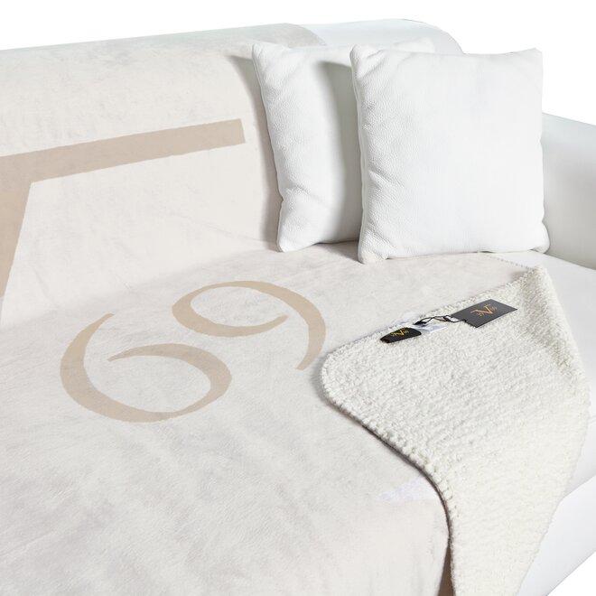Fleecová deka značky 19V69 Italia - krémová