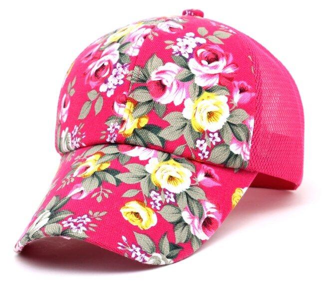 Kšiltovka s květinovým vzorem