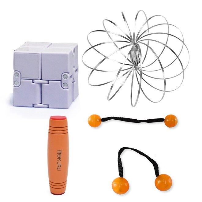Mokuru oranžová + Thumb Chucks oranžová + Magic Cube + Zázračná pružina