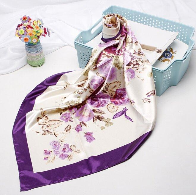 Saténový šátek - vzor 4