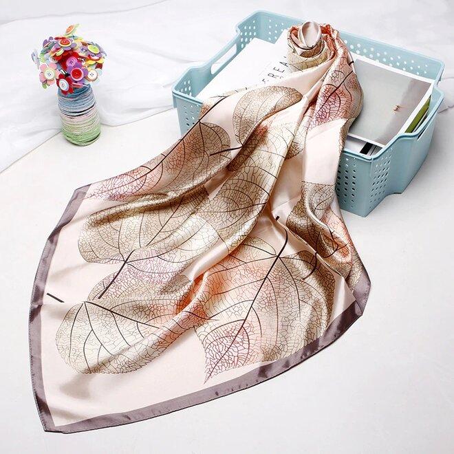 Saténový šátek - vzor 1