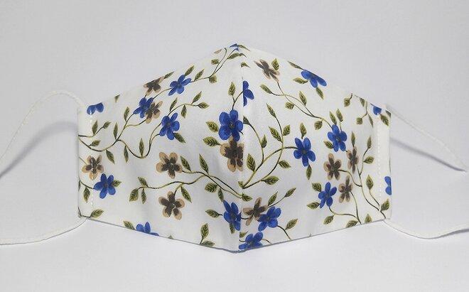 Rouška modré květy