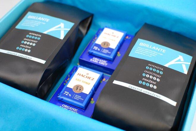 Modré dárkové balení kávy Brillante
