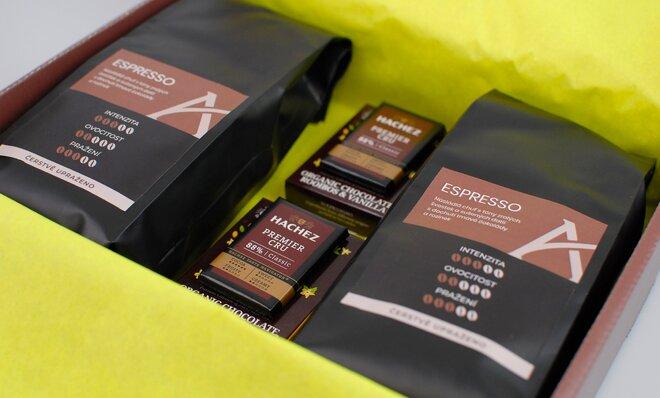 Hnědé dárkové balení kávy Espresso