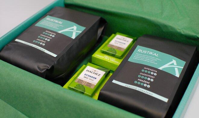 Zelené dárkové balení kávy Rustikal