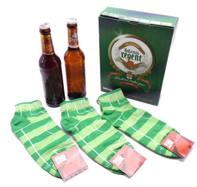 2 piva + 3 páry kotníkových ponožek fotbal