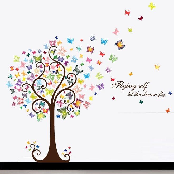 Strom lásky s motýlky