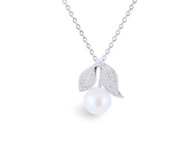 Stříbrný přívěsek s pravou říční perlou třešeň