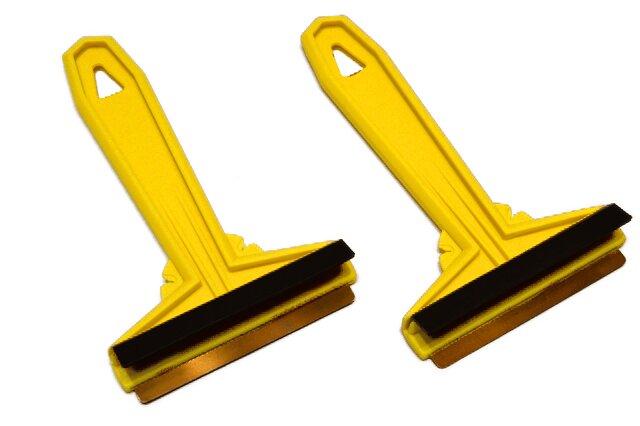 2× žlutá škrabka Murska na autosklo