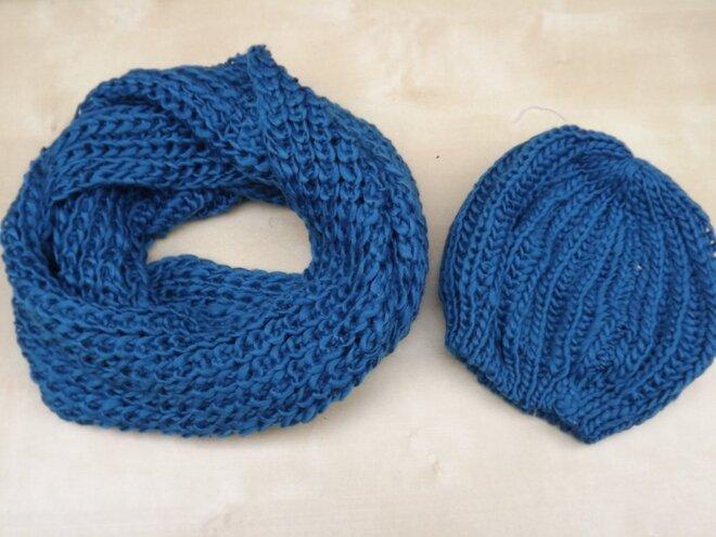 db390c4b488 Sada pletené čepice a šály