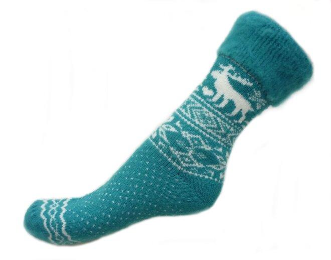 3f245bb3f39 Od ostatních ponožek se odlišují hlavně díky podílu ovčí vlny a chundelaté  vnitřní straně.