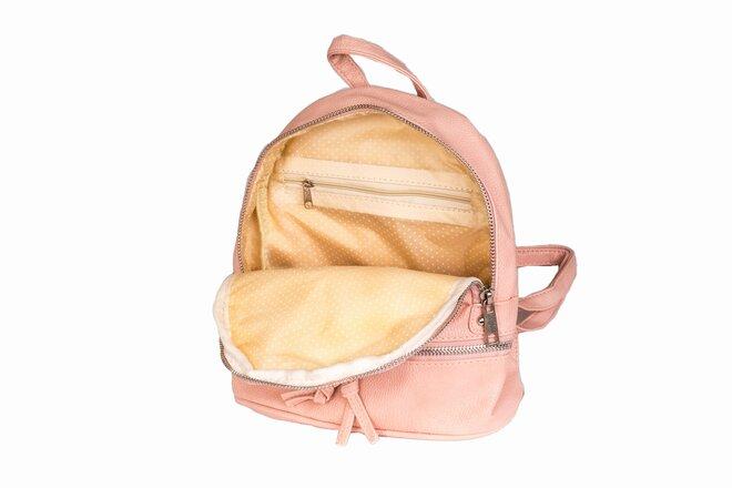 Dámské kabelky a batůžky z koženky  81b421883a
