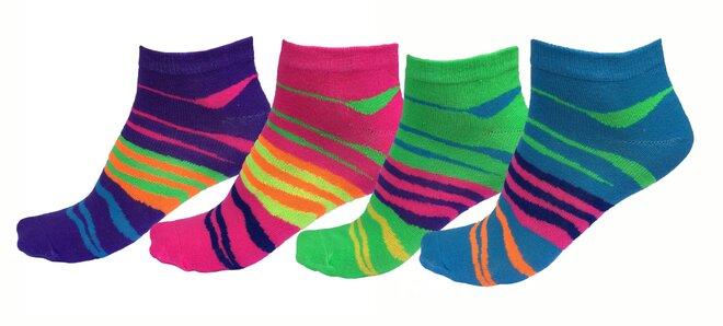 36d42a904df Barevné bambusové ponožky pro dámy