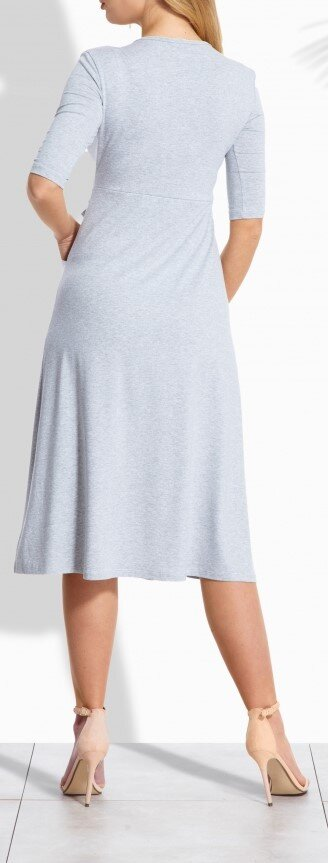 Pořiďte si jedny z ležérně elegantních šatů s dlouhým rukávem 65882cad79